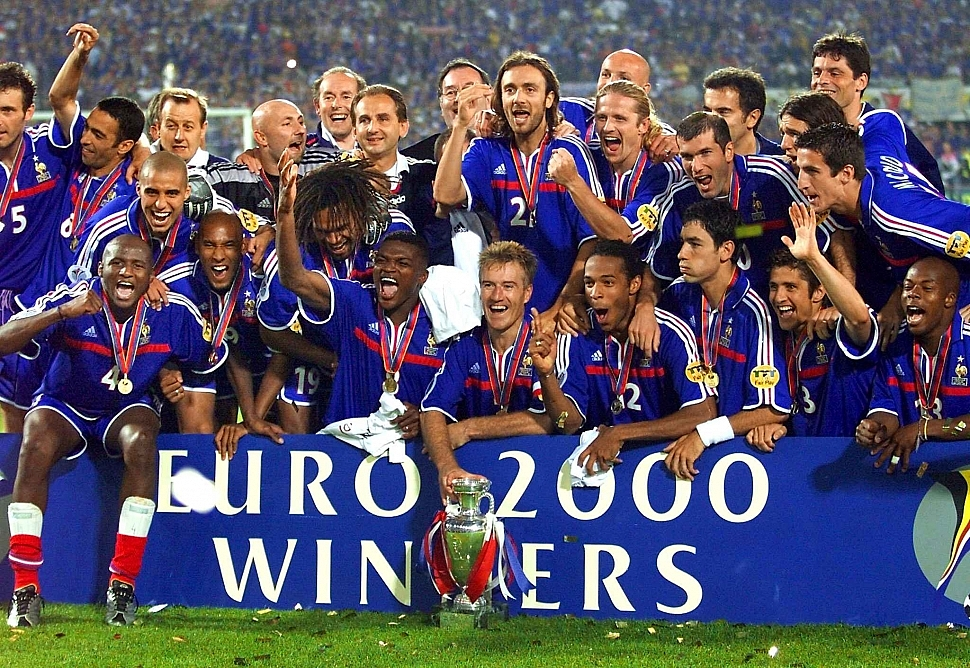 Сборная Франции чемпион Европы по футболу 2000 года
