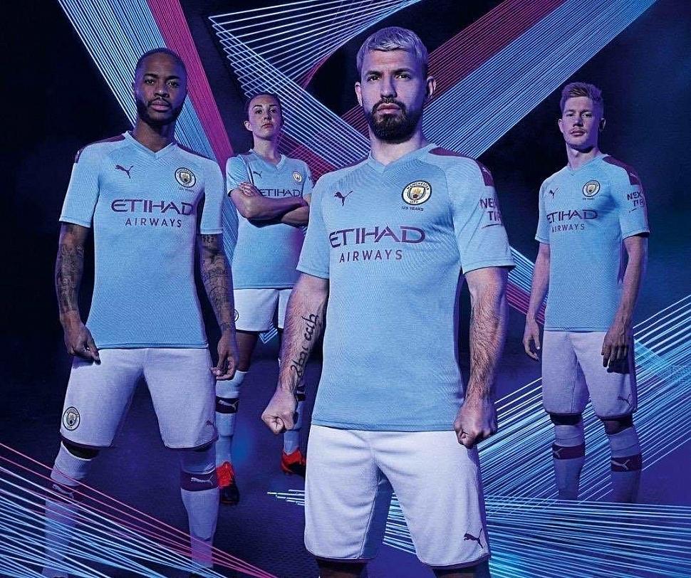 Домашняя форма Манчестер Сити 2019/2020