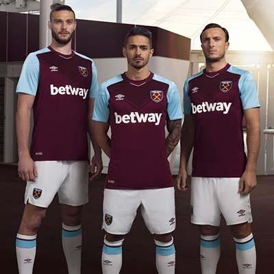 Форма футбольного клуба Вест Хэм 2017 2018 (комплект  футболка + шорты +  гетры 3ced7cca421