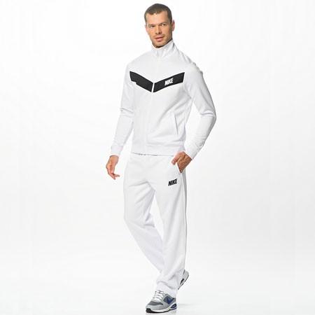 Спортивный костюм сборной Испании по футболу белый (комплект  олимпийка +  спортивные брюки) 93b09c83e45