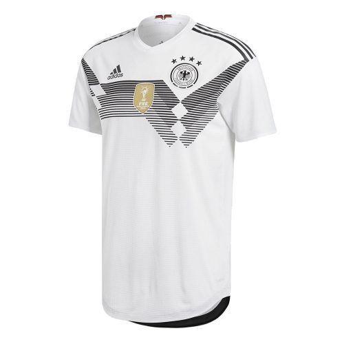 Форма сборной Германии по футболу ЧМ-2018 Домашняя (комплект  футболка +  шорты + ed9cf7a7f07