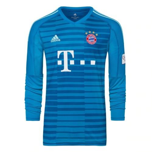 Футбольная форма с логотипом бавария мюнхен